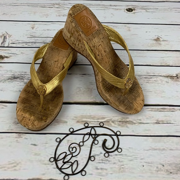 925c9f2c2ff Tory Burch Suzy Wedges Cork Wedge Thong Sandals. M 5c72cd5704e33d9261879c9a